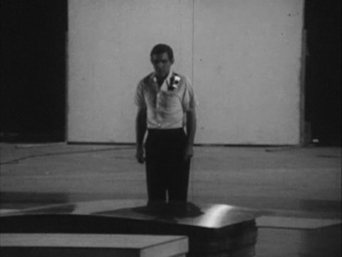 Yvonne Rainer, Carriage Discreteness (performance)