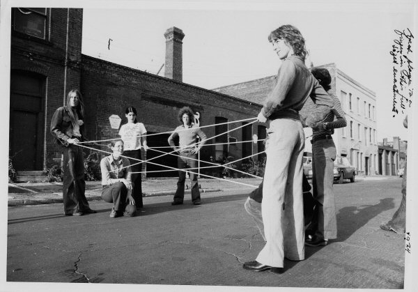 Vera Frenkel, String Games: Improvisations for Inter-City Video (Montreal-Toronto, 1974)