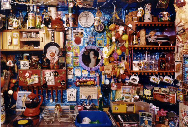 Laura Kikauka, KITCHen (Funny Farm), 2000
