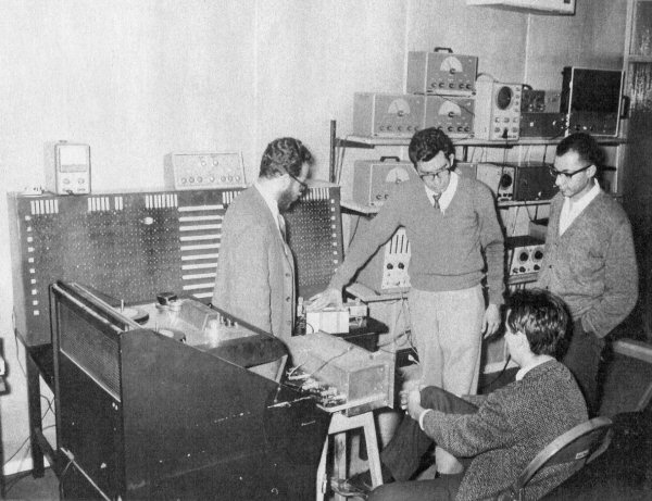 Bolaños is shown teaching composition with electroacoustic media, 1965.
